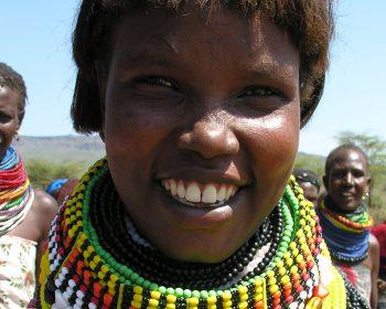 Turkana-Mädchen in Kenia