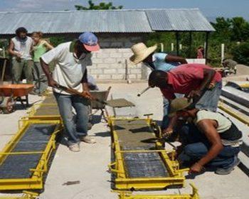 Produktion von Bodenplatten