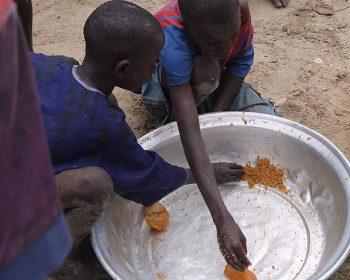 Straßenkinder im Senegal